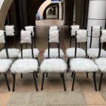 Ref : MC800 - 10 chaises bois et fourrure synthétique par Angelo Mangiarotti