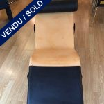 Ref : MC368 - Chaise LC4 par Cassina habillée par Louis Vuitton - VENDU