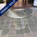 Ref : XX111 - Plexiglass base, glass top