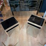 Ref : MT963 - 2 plateaux verre teinté noir entourage chrome