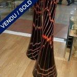 Une paire de vases noir et rouge en verre de Murano - VENDU