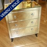 1 Commode wholly in mirror 3 drawers - SOLD