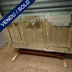 Ref : M227 - Commode 2 portes 2 tiroirs verre gravé avec personnages - VENDU