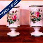 Ref : V9 - Deux vases vieux Paris