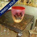 """Vase signé """"BARBINI"""" rouge à décor - VENDU"""